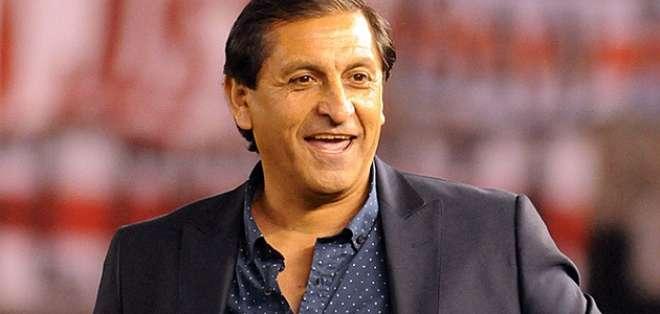 Ramón Díaz, entrenador argentino.