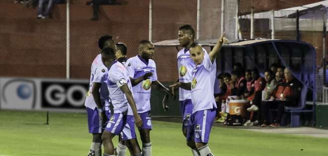 Los 'celestes' vencieron 2-0 a Técnico Universitario en el estadio Bellavista. Foto: API
