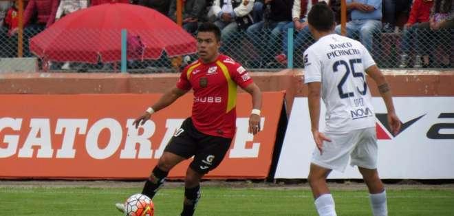 Jonny Uchuari en su última experiencia con el Deportivo Cuenca.