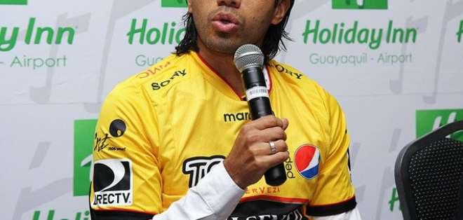 Vargas durante su presentación en el club canario.