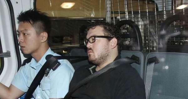 Torturó A Una Durante DíasEcuavisa Inglés El Mujer Tres Banquero Que QdCWerxoEB