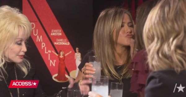 Jennifer Aniston's kiss Sandra Bullock in his mouth – neuck