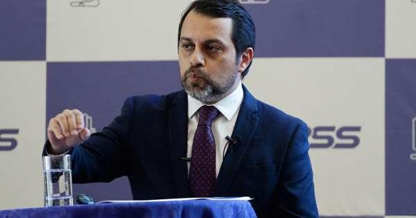 Granda confirma crisis del fondo de pensiones de IESS