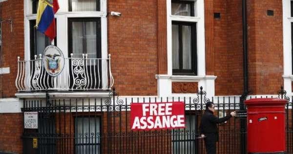 Wikileaks denunció que espiaron a Assange en embajada