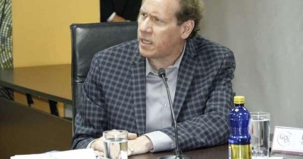 Mendoza asume presidencia de Cpccs