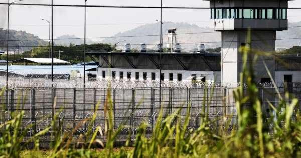 Decretan estado de excepción en cárceles