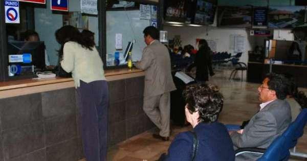 Quejas por cobro excesivo de patente municipal en Quito