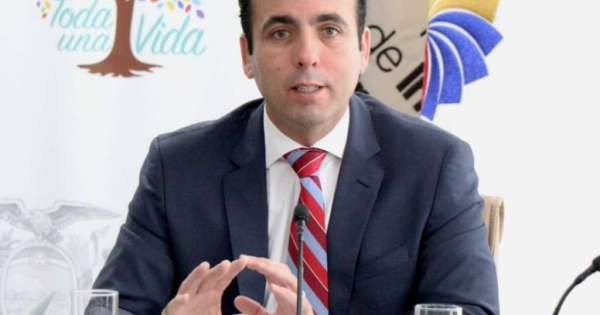 Pablo Campana renuncia al ministerio de Comercio Exterior