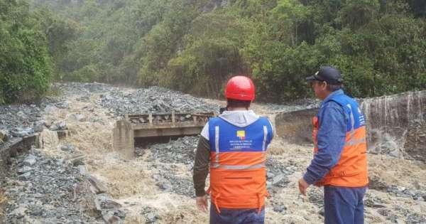 145 evacuados y 2 casas colapsadas por temporal en cantón Baños
