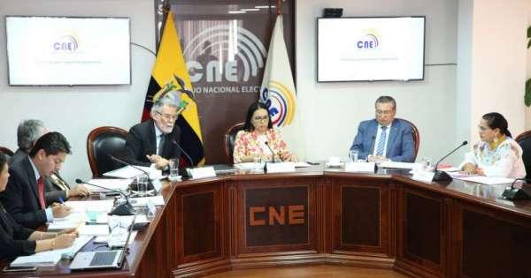 Comisión de Asamblea llama a comparecer a CNE