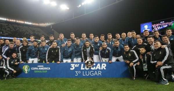 Messi no salió a recibir la medalla del tercer puesto
