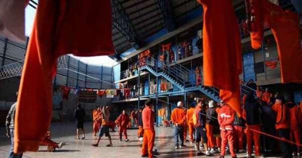 Analizan extender estado de excepción en cárceles