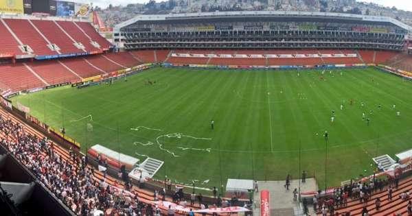 Ocho mil hinchas vieron el debut de Antonio Valencia en 'Casa Blanca'