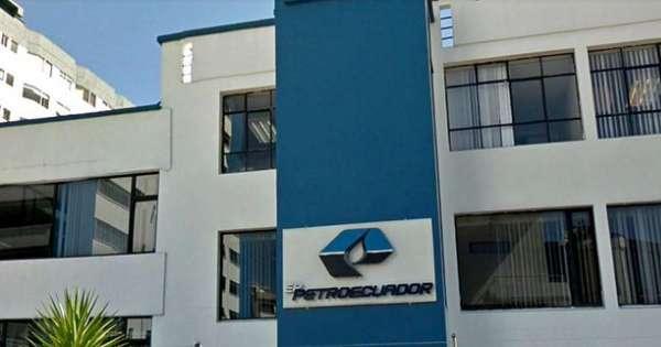 Fiscalía allana oficinas de Petroecuador en Quito