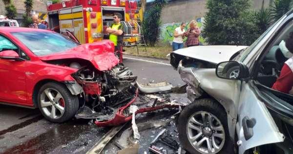 Dos heridos tras accidente vial en sector Miravalle 2, Quito