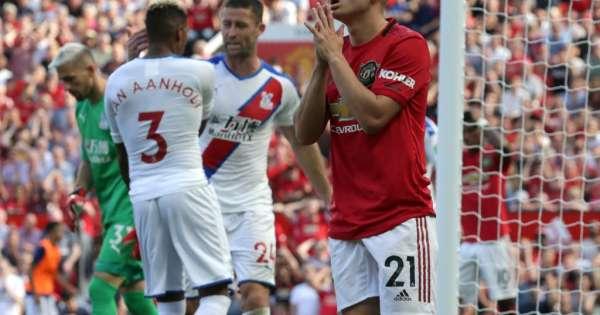 Manchester United cae de local ante el Crystal Palace