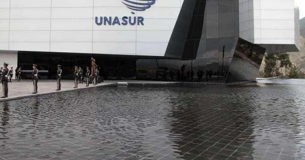 Asamblea autoriza salida de Ecuador de Unasur