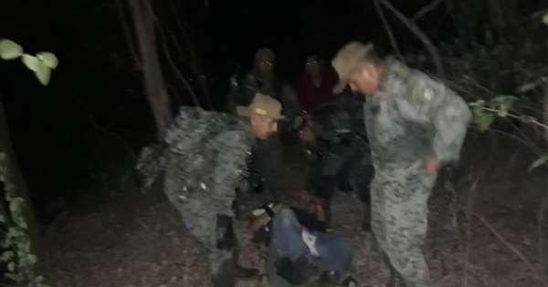 Rescatan a ocupantes de helicóptero accidentado en Isla Santay