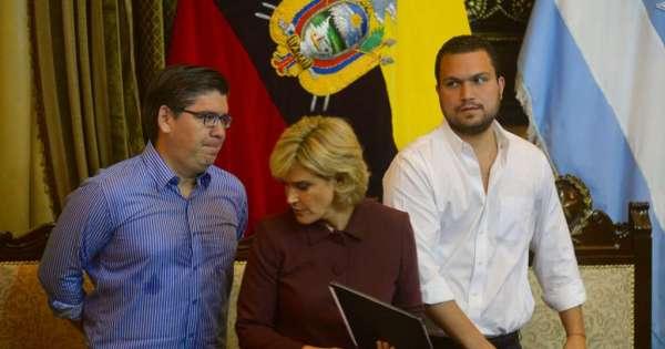 Alcaldesa de Guayaquil suspende sesión por el 9 de Octubre