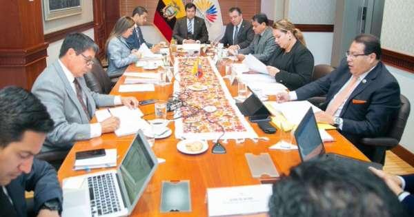 Comisión de Régimen Económico tramitará ley urgente