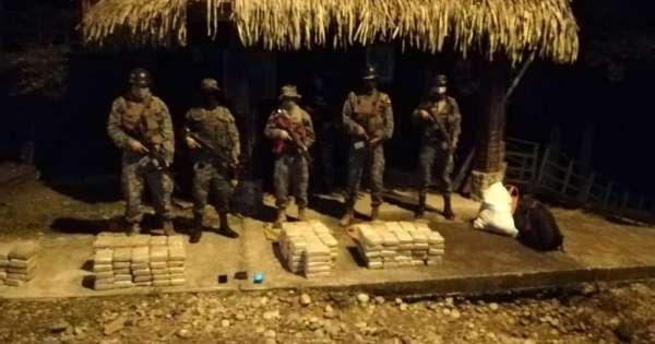 Dos extranjeros detenidos con marihuana en Sucumbíos