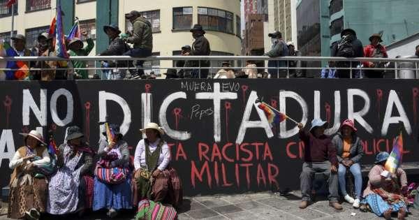 Seguidores de Morales marchan en Bolivia
