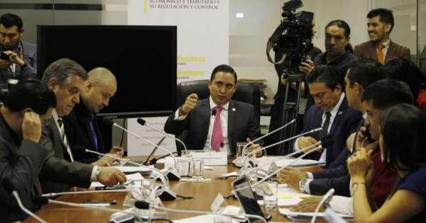 Comisión de Régimen Económico no hizo votación sobre informe de reformas