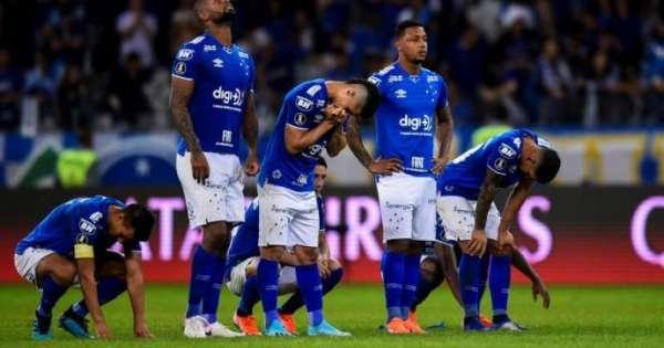 Cruzeiro desciende en el fútbol brasileño