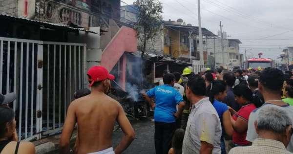 Mujer fallece tras incendio en suburbio de Guayaquil