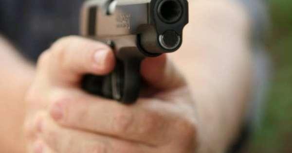 Asesinan a tiros a hombre que comía en cangrejal de Guayaquil