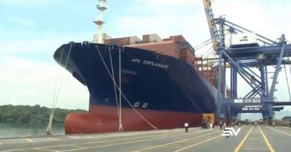 El buque APL Esplanade se convierte en el más grande que llega al país
