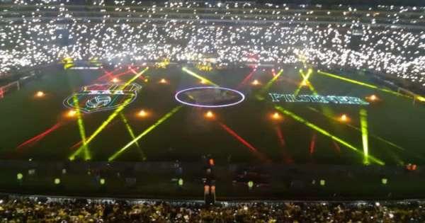 Barcelona invita a Green Day a la Noche Amarilla