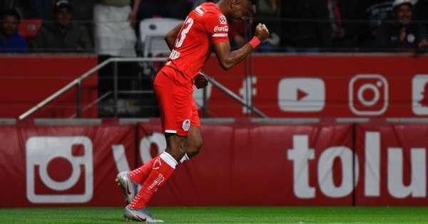 Michael Estrada anota su primer gol en México