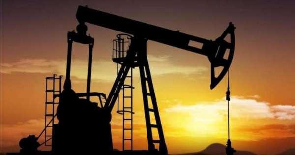 Ecuador pierde $2.6 millones al día por caída del precio del petróleo
