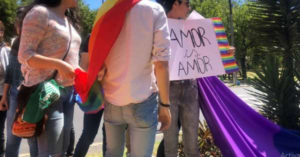 Grupos LGBTI reclaman atención social del Gobierno por COVID-19