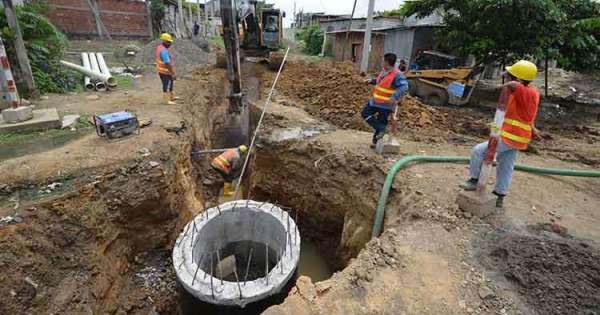 Francia desembolsa $27 millones para alcantarillado en Guayaquil