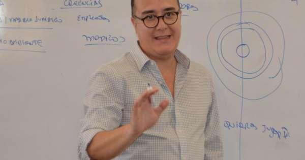 Vinicio Troncoso renunció a la gerencia general del BIESS