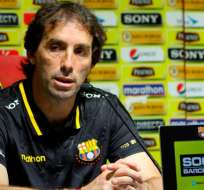 Guillermo Almada, en rueda de prensa de Barcelona.