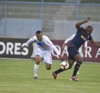 Juan Luis Anangonó anotó la primera del partido.