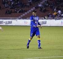 Roberto Luzarraga, defensa de Delfín SC.