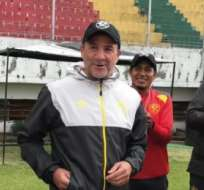 El entrenador uruguayo explicó que necesita a esos futbolistas por bajas que tiene. Foto: Tomada de @Aucas45