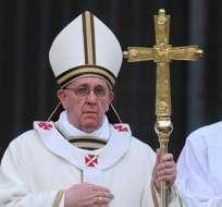 Papa pide paz para el mundo y dice que el egoísmo amenaza la vida y la familia. Foto: EFE