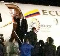 Correa viaja a Alemania, el primer destino de una gira por 5 países. Foto: Tomada de la cuenta Twitter de Carolina Mella.