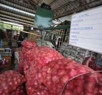 Realizan operativo de control de precios en mercado mayorista de Quito. Foto: Andes