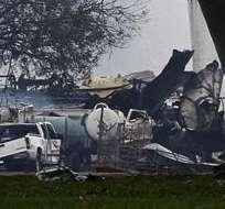TEXAS, Estados Unidos.- Fotografía que muestra una vista general de los restos de una planta de fertilizantes y otros edificios dañados. Foto: EFE.