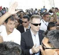 Correa concluye gira europea arropado por miles de compatriotas en España. Foto: EFE
