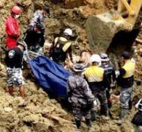 En Esmeradas, 4 cuerpos más fueron encontrados en la zona del deslave.