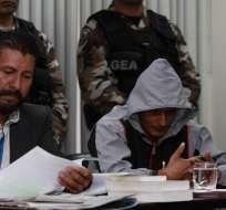 Wilson Tapiero Tique (d), alias 'Dumar', supuesto jefe de finanzas del frente 48 de las FARC. Foto: EFE