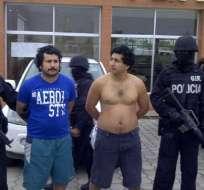 """Jose Adolfo Macías alias """"Fito"""" y Ronald Javier Macías Villamar alias """"Javi"""" fueron capturados. Foto: @MinInteriorEc"""