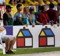 Markarián dice que a Perú solo le queda la chance de la repesca. Foto: EFE